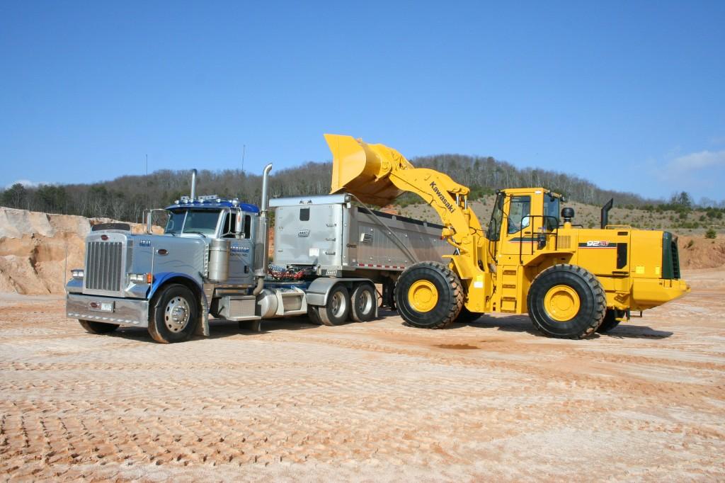 Kawasaki 92ZV-2 loading a truck