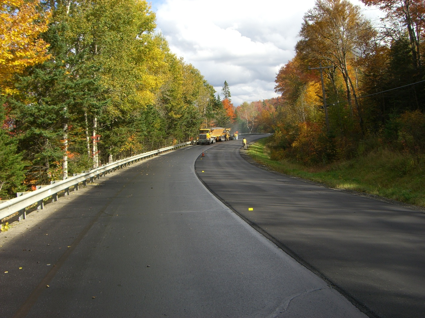 Route 114 in northeastern Vermont gets a thin overlay of polymer-modified asphalt mix as VTrans expands bid alternates to boost competition.