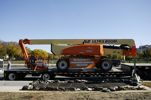 This JLG Boom Lift served as one of the background pieces of equipment, staged just behind the speakers, at the DC Rally on the National Mall. JLG also supplied equipment and drove in the Idle Equipment Caravan.