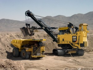 Cat 7495 shovel loading 795F AC