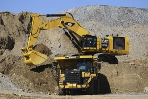 Cat 6015B Hydraulic Shovel loads Cat 775G truck